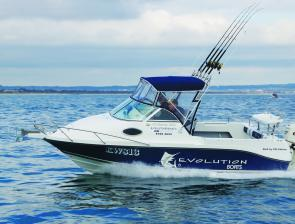 "All Evolution boats are sold with 115hp or 150hp Evinrude E-Tec engines as standard. With the 150hp spinning a 17"" propeller, the Evolution 550 popped up on the plane at 2000rpm, cruised comfortably at 3500rpm, and hit top speed of 50 knots (93kmh) at 580"