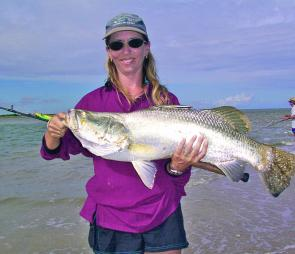 This saltwater barra fell victim to the fluoro green bomber – a dirty water weapon of mass destruction when it comes to beach barra fishing.