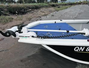 The forward section of the Jabiru Pro 415 comprised a carpeted casting platform with underfloor storage and anchor well, and a steel plate for mounting an electric motor.