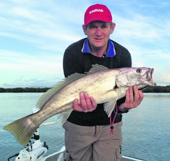 Jason Swain has a nice Broadwater school size Mulloway.