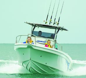 The Hooker 6.7m centre console is a great family boat, it's safe and comfortable and can also accommodate some serious fishing.
