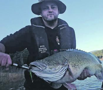 Bob Hazler with his 90cm Eildon cod.