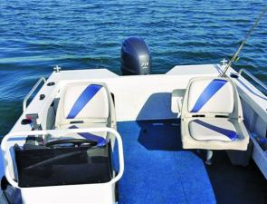 The side console with variable seat positions is a layout friendly to most angling situations.