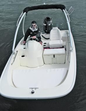 Room to move for a family and stylish appeal galore on the Boston Whaler 170 Super Sport.