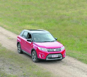 Gravel roads are no obstacle to the Vitara thanks to ample ground clearance.