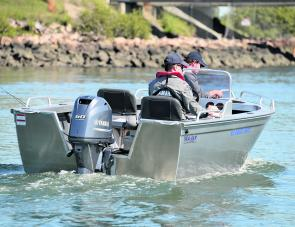 "All Avengers run with a standard 20"" (L) outboard."