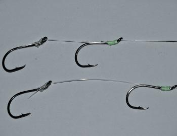 This is how a standard leader will look once finished. The rear hook is secured in place and the front hook can be slid along the leader until it is in the correct position to best present your bait. Even if the fish only grabbed the top hook, it will sli