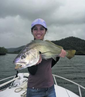 Mari-Lou shows off her very first jewfish, a respectable 77cm.