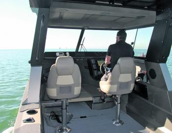 Strong and highly supportive swivel seats pamper the skipper and first mate.
