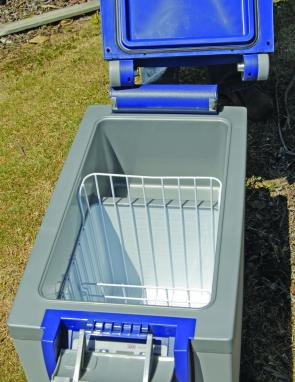 The reversible basket inside the unit gives a multitude of storage options.