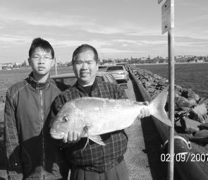 David Xu caught this 5kg snapper off the Lee Breakwall.
