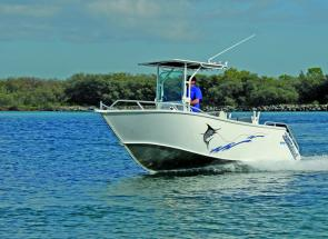 There's good hull design at work in the Formosa Tomahawk 550: Note the way displaced water is kicked well aft.
