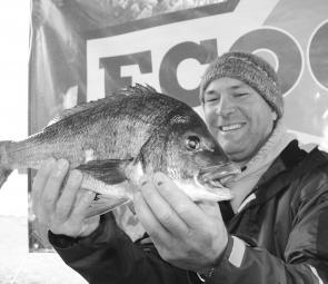 Daryl Baird from Team Dead Ducks with the cracking 1.76kg bream that took out the Eco-gear Big Bream prize.