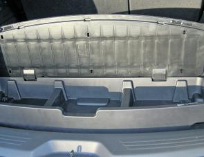 A rear under floor storage compartment was a definite bonus within the MU-X.