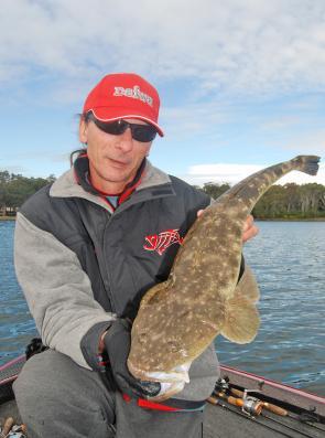 Fishing lake macquarie