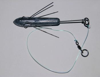 For the attaching the sinker you will generally use slightly lighter line than your main line. This will break first if the sinker becomes snagged, so you won't lose the entire rig and hooked fish. Generally the length between the sinker and the swivel wi