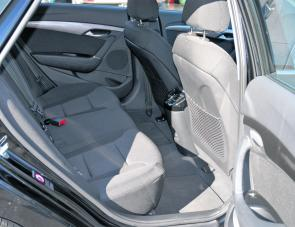 Access to rear seats is very simple thanks to rear doors that open virtually straight out from the i40's body.
