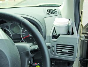 In-dash drink holders are a very handy X-Trail feature.