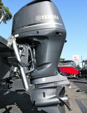 The 700 Game King was powered by a 225hp 4-stroke Yamaha outboard complete with an SDS (shift dampening system) 17 pitch propeller.
