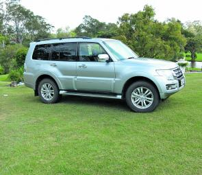 Retaining the basic shape we are familiar with, the latest Pajero offers quite a few innovative features for the buyer.