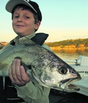 If you catch mulloway in the Glenelg River, Hopkins River or other estuarine or marine waters along the Victorian coastline you can be an active participant in this research.