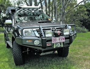The well set up and colour coded Deluxe Winch Bar is a showcase for ARB products.