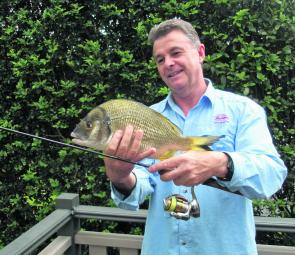 There have been some great bream from the surf beaches and the estuaries, as Peter Zurita shows.