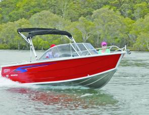 A deep bow and fine entry give the 549 Seascape a soft and dry ride.