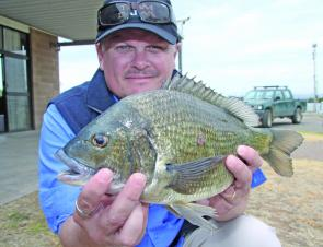 Steve Flynn claimed the Go-So Big Bream prize with his day two 1.075kg monster.