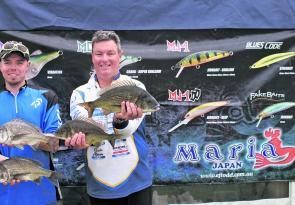 David Harding and Stuart Carruthers from Team Edge Bite with a sample of the bream from Maria Lures Best Bag of 4.76kg