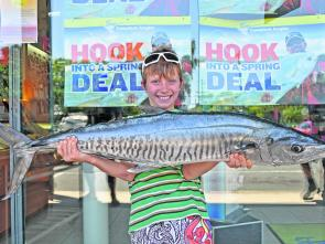 Nate Bull from Cooroibah won the $50.00 Davo's Fish of the Week prize with a 7kg Spaniard that he and his dad boated at Jew Shoal.