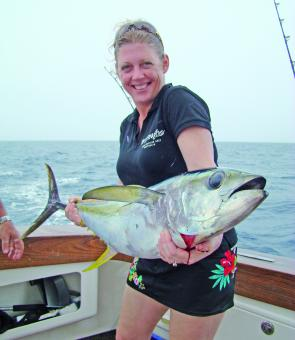 American visitor Judy Wediberg enjoyed a great day on the shelf sourcing yellowfin tuna to 15kg.