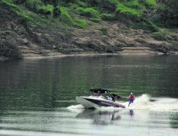 Wake boats are designed to make large waves, and this can be seen here.