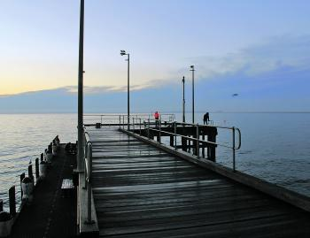 A cold early morning at Flinders doesn't stop anglers from trying their luck.