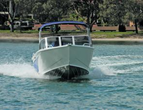 The prominent under hull strakes of the 4.7 Procraft range are easily noted in this shot of the Runabout under way.