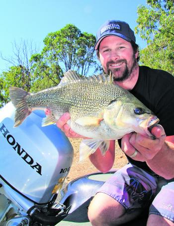 Grant Clements took out the Austackle Big Bass prize with this beauty at 2.6kg.