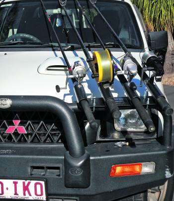 NOT LEGAL WITH MANY BULLBARS: Having your rods positioned on the left hand side of your vehicle is the only legal position to carry them. However, with most bullbars not being square in relation to the length of the vehicle this poses further probl