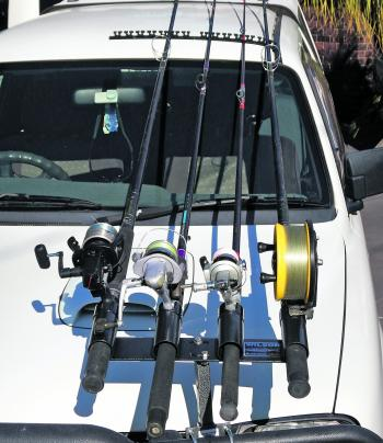 LEGAL: L Wilson and Co have recently solved anglers' problems with the Removable Turntable Rod Holder. Basically, the rod holder portion of the assembly can be set at any position no matter what angle the left hand side of your bullbar is. The rod