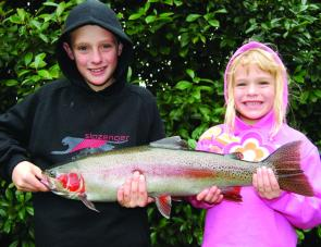 Get the kids to hold your fish, they always look bigger that way! This one went just over 2.5kg and was 63cm long so Lake Wallace's reputation lives on.