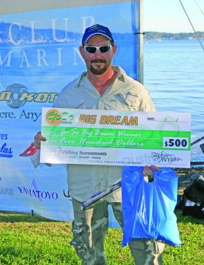 Second place non-boater, Michael Milburn, not only won a swag of prizes but also took home the Go-So Big BREAM cheque of $500.