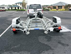 That is how you build a trailer – simple, strong and very easy to use.