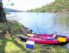 Pulled up for lunch at Lake Buffalo. Lake Buffalo is a beautiful place to fish during April. It is open to motorised boats of any size, although the top half of the lake (where this photo was taken) has a 5knot speed limit, making it ideal for kayak fishi