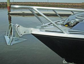 The electronic winch makes anchoring a breeze.