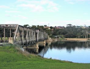 The old disused Scamander River bridge and lower boat ramp area.
