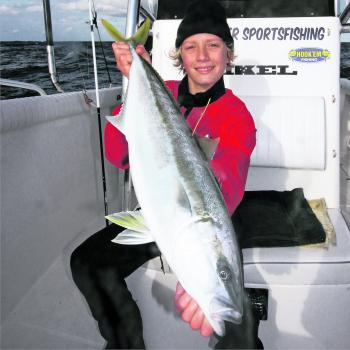 Zane Levett with a 12 Mile tagged kingfish.