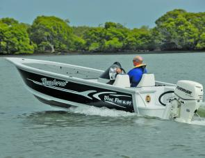 Blue Fin's 495 Thundercat provides sporty handling, bright performance and plenty of tournament-style fishability.