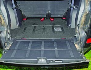 Access to the Outlander's rear cargo area is certainly made easy by this neat 850mm wide drop down door.