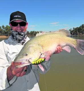 John Menhennett took the sun-smart approach and was rewarded with a lovely Murray cod downstream of Euston.