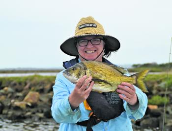 Fishing Monthly Magazines : Marlo mellows out