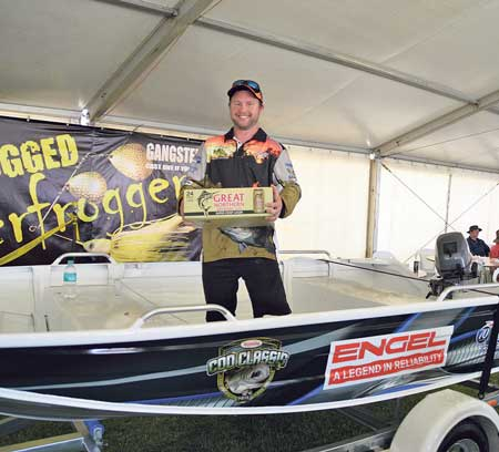 Every legal cod caught gave the angler a chance to win a Quintrex/Yamaha boating package.  Winners are grinners.